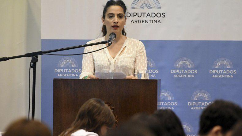 La actriz Muriel Santa Ana dio un crudo testimonio en la tercera jornada de debate sobre la despenalización del aborto.
