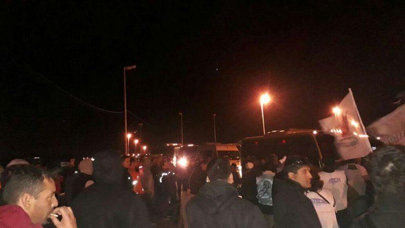 Incidentes en la ruta: estatales denuncian represión de las fuerzas de seguridad