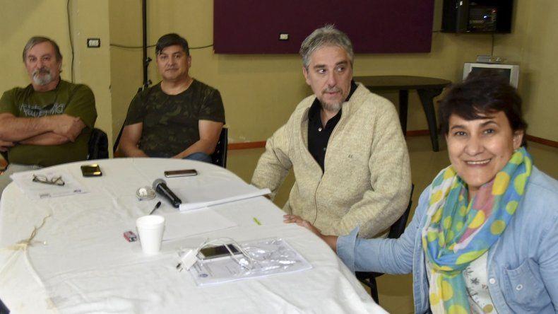El plenario de secretarios generales de todas las filiales de ADOSAC se realizó en Caleta Olivia con la presencia del titular de la conducción central