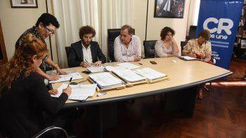 El acto de licitación que se desarrolló ayer en el municipio.