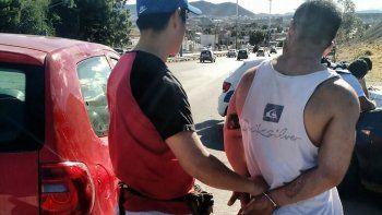 El hombre implicado a una banda narco mendocina fue detenido ayer a la altura del barrio Castelli.