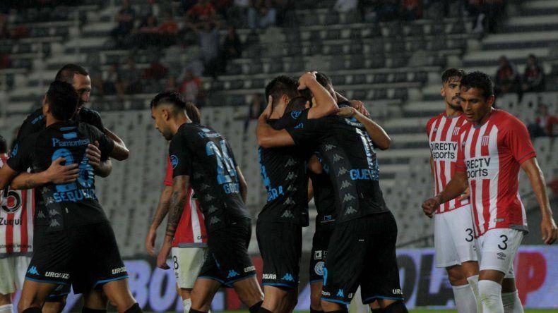 Belgrano superó a Estudiantes en La Plata en flojo partido