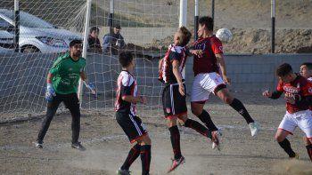 Como pasó en la primera rueda, Florentino Ameghino y Huracán volvieron a empatar, pero esta vez fue 2-2.
