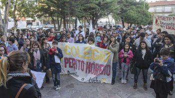 El viernes los maestros se reunieron para repudiar la violencia policial registrada dos días antes en la protesta desarrollada en el cruce de las rutas 3 y 26.