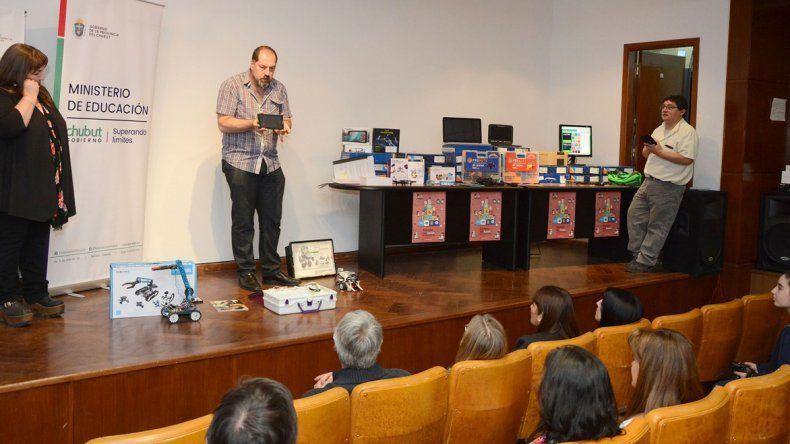 Robots y drones para entender mejor las nuevas formas de educación.