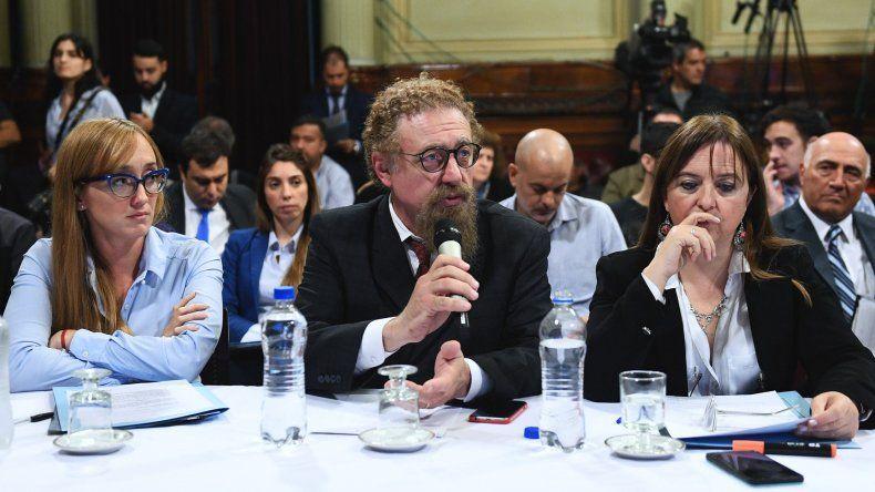 El senador chubutense Alfredo Luenzo es uno de los integrantes de la Comisión Bicameral que arribará a Caleta Olivia el 4 de mayo para reunirse con la jueza federal Marta Yáñez.