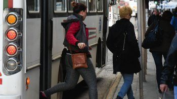 Se viene otro tarifazo; esta vez en el costo del transporte y porque el municipio reducirá sus subsidios a las empresas.