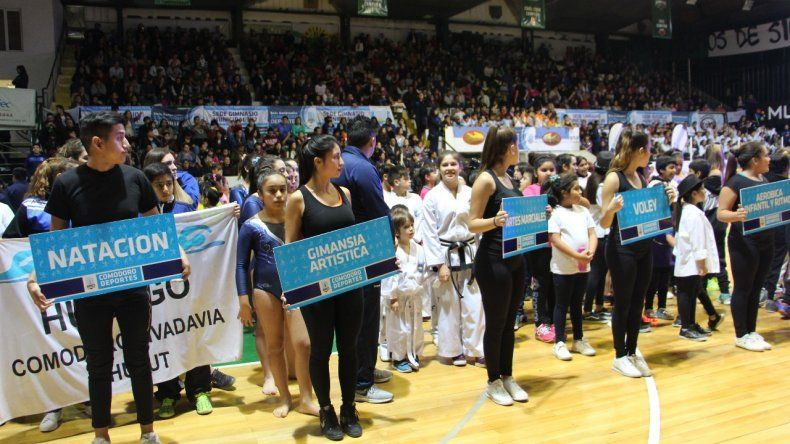 El deporte de Comodoro se vistió de gala en el Socios Fundadores