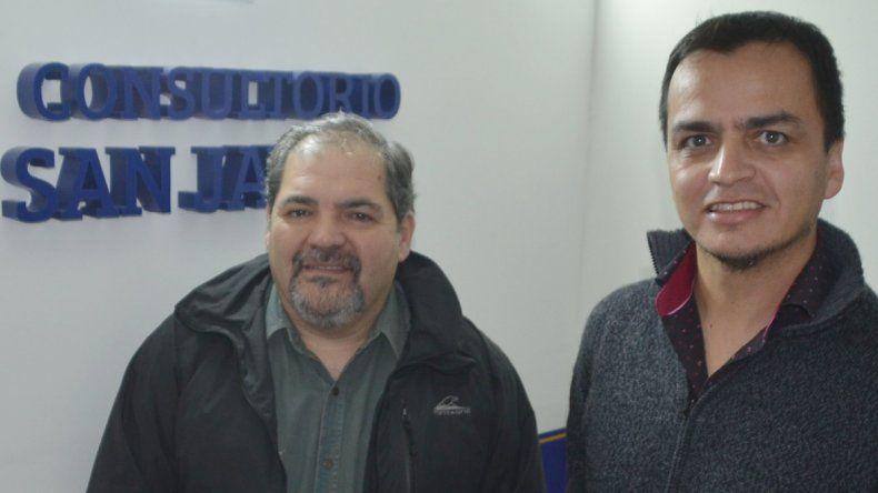 Los psicólogos Bartolomé Ramírez y Néstor López promueven el tratamiento grupal de individuos denunciados por violencia intrafamilar o de género.