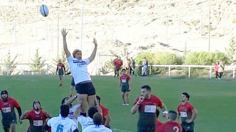 Calafate RC no pudo vencer en su campo de juego a Deportivo Portugués.