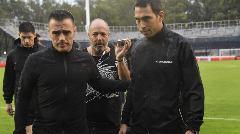 Se suspendió Gimnasia-Boca por lluvia caída en La Plata
