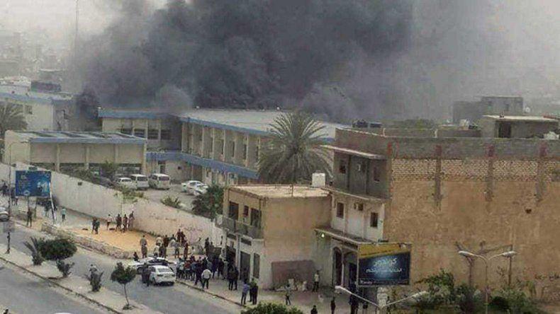 Al menos siete muertos en un ataque a la Comisión Electoral en Libia
