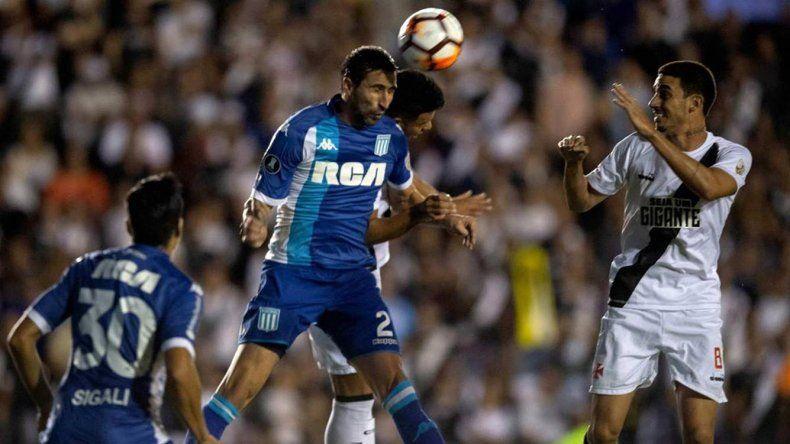 Racing viene de empatar 1-1 con Vasco Da Gama.