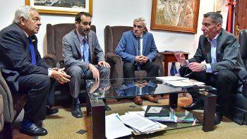 Arcioni recibió ayer a los tres miembros que hoy conforman el Superior Tribunal de Justicia.