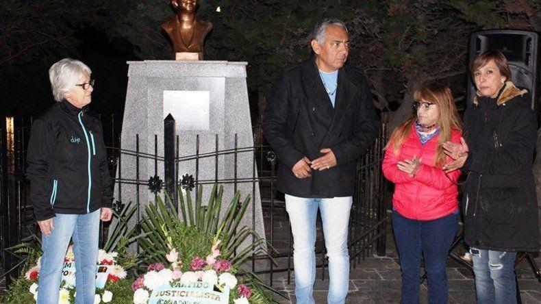 Jorge Soloaga presidió en Cañadón Seco el acto de homenaje a Eva Duarte de Perón