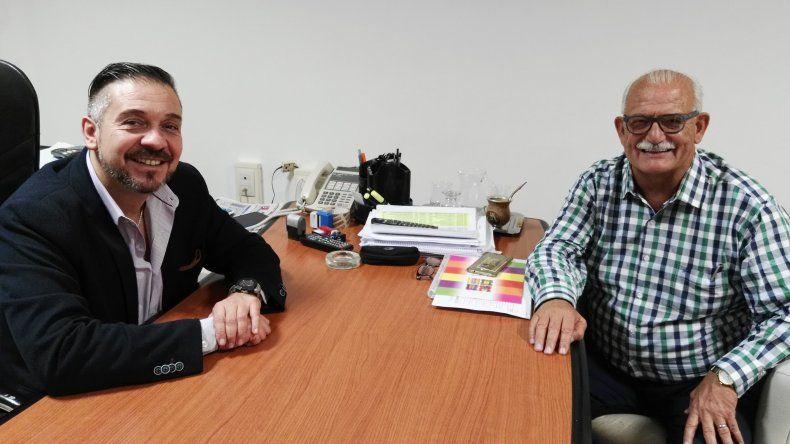 El titular de Lotería y el intendente de Sarmiento dieron detalles del sorteo.
