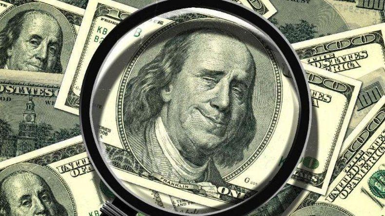 El dólar se dispara: rozó los 24 pesos