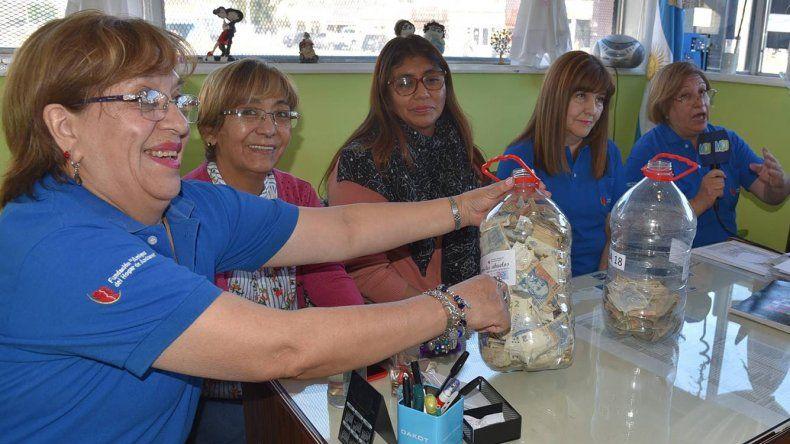 Las integrantes de la Fundación Amigos del Hogar de Ancianos confirmaron que la campaña solidaria se extenderá hasta el 28 de mayo.
