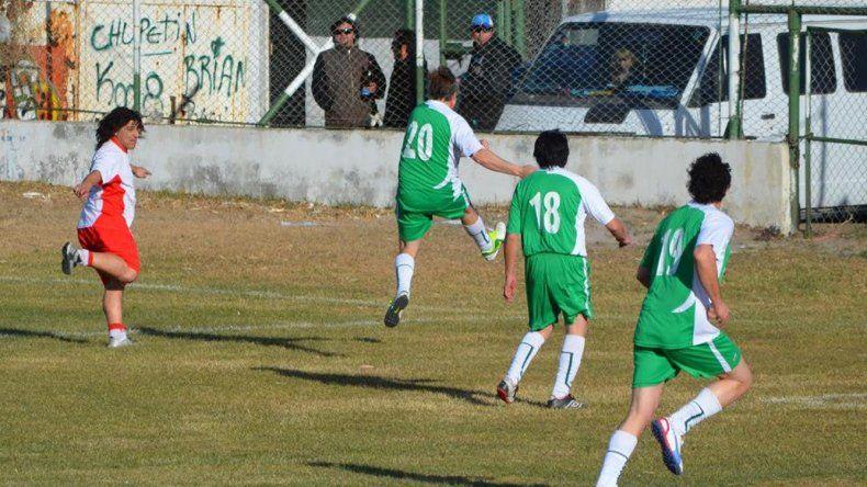 La Asociación de Fútbol Senior de Comodoro Rivadavia disputó una nueva fecha el fin de semana en sus cuatro categorías.