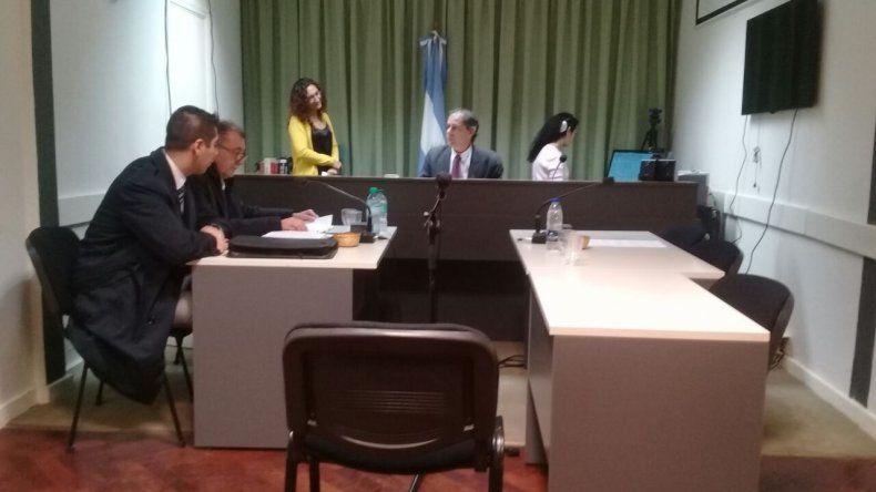 Pidieron la captura de la exfiscal de Rawson Suarez García