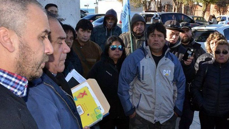 Municipales consiguieron un compromiso de que no habrá despidos