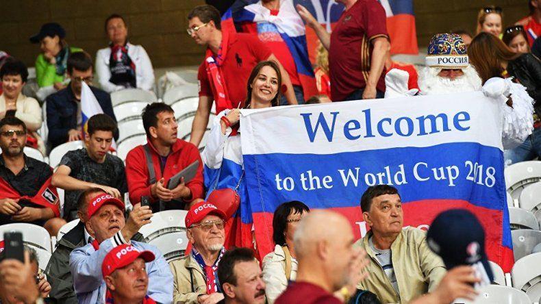 La AFA sacó un manual para tener relaciones con mujeres rusas
