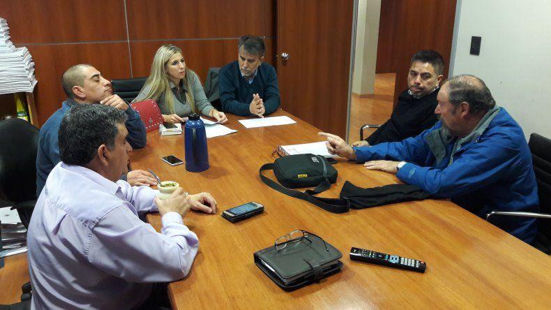 Federación de Bomberos Voluntarios de Chubut pide salir de los subsidios