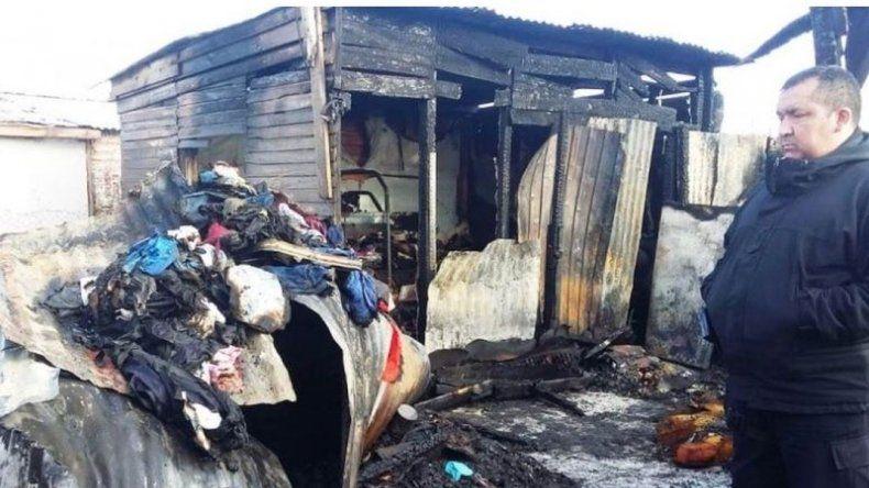 Un obrero murió al incendiarse su vivienda