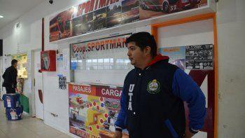 El delegado ante la UTA en Caleta Olivia, Sebastián Argañaraz, dijo que el paro que se inició ayer se extenderá hasta que Sportman pague el incremento homologado a nivel nacional.