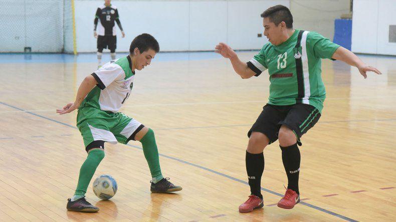 La selección comodorense de futsal jugará desde el domingo el Argentino.