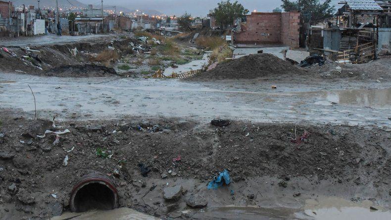 En el barrio Moure se registró gran acumulación de agua y barro
