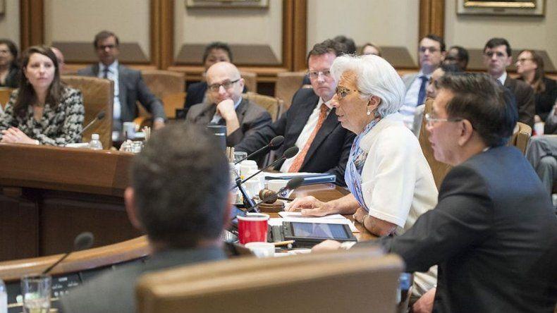 El directorio del FMI comenzó a analizar el préstamo solicitado por la Argentina