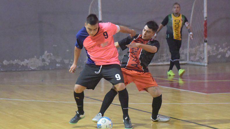 El fútbol de salón continuará este fin de semana con una intensa jornada de partidos tanto hoy como mañana.
