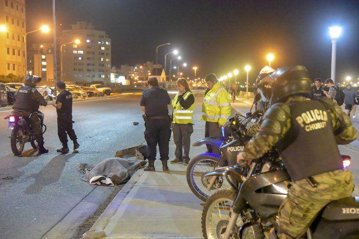 El conductor del Honda Civic no detuvo su marcha tras atropellar y dar muerte al peatón.
