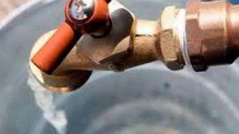 cortaron el agua en ocho barrios