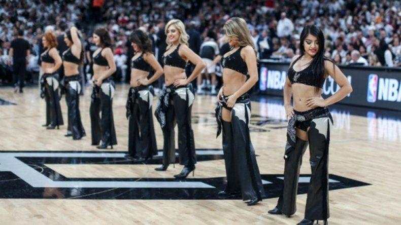 Los Spurs no tendrán más porristas en sus partidos