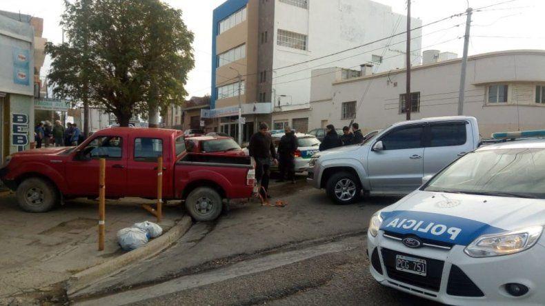 Una Ranger conducida por un niño de 12 años se estrelló contra un comercio