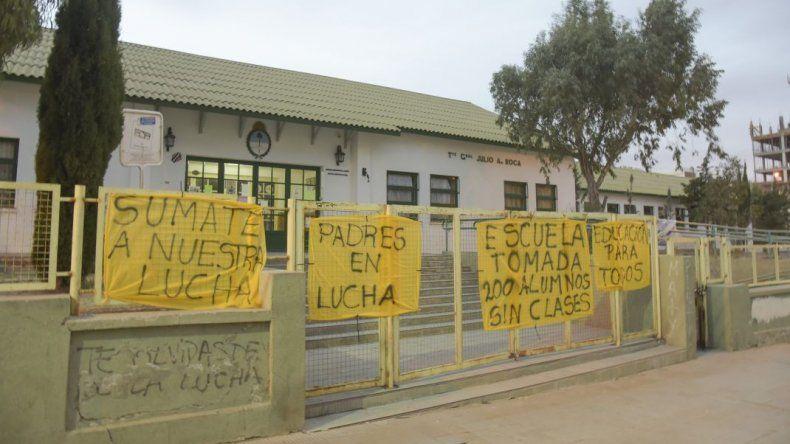 La Oficina de Derechos y Garantías presentó un amparo por la falta de clases