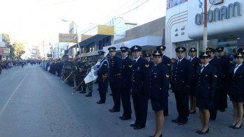 habra desfile civico-militar y una velada patriotica