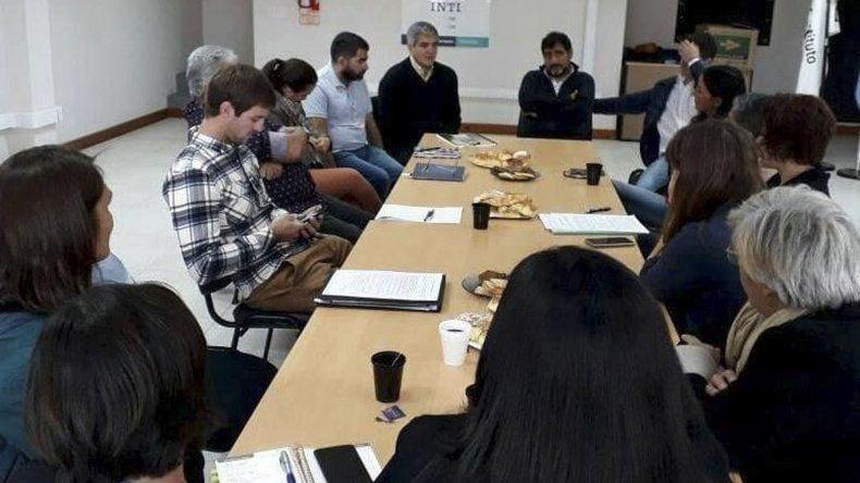 Los integrantes de Industrial textil y de la confección de Chubut solicitaron una reunión con los legisladores que trabajan el proyecto de Ley de Compre Local.
