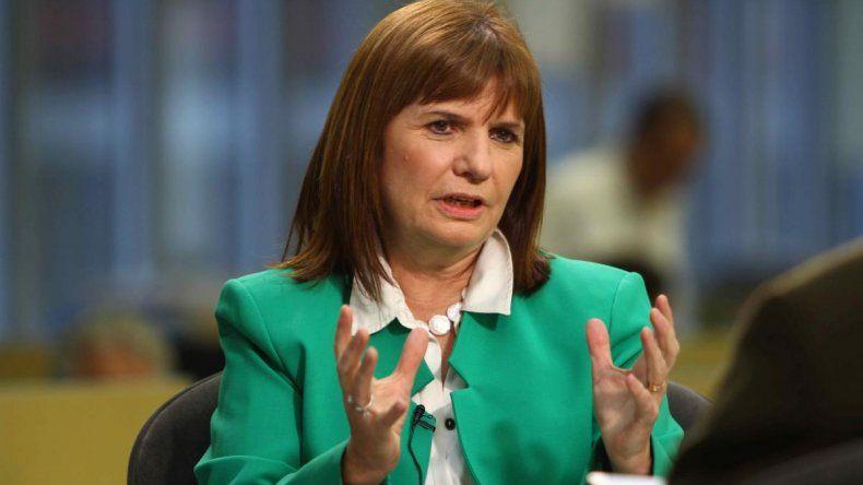 Patricia Bullrich firmará convenios y mantendrá reuniones políticas