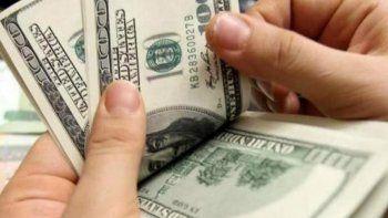 el dolar volvio a superar los  $25 para la venta minorista