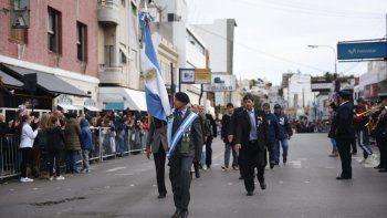 comodoro celebro en  las calles el 25 de mayo