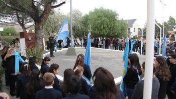 rada tilly conmemoro los 208  anos de la revolucion de mayo