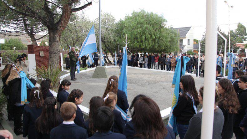 Rada Tilly conmemoró los 208  años de la Revolución de Mayo