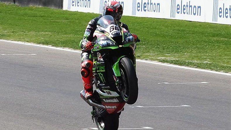Mercado terminó decimotercero en el Superbike de Donington Park