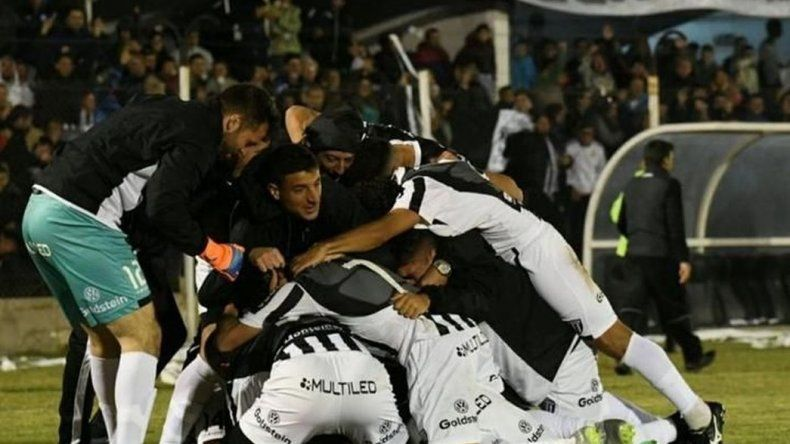 Gimnasia de Mendoza ascendió a la B Nacional