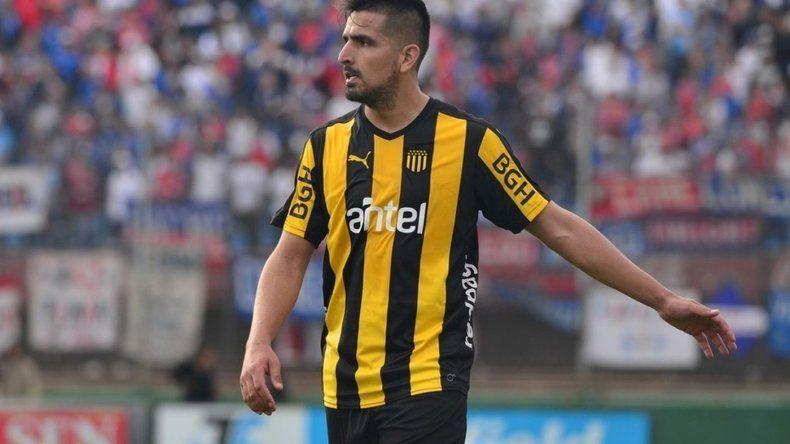 Viatri tiene alta médica y renovará su contrato con Peñarol tras casi seis meses inactivo