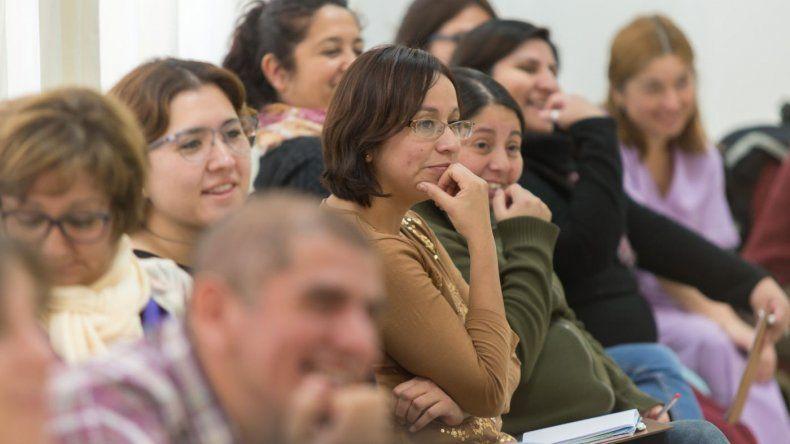 PAE y Educación trabajan junto a las escuelas técnicas para fomentar el emprendedorismo