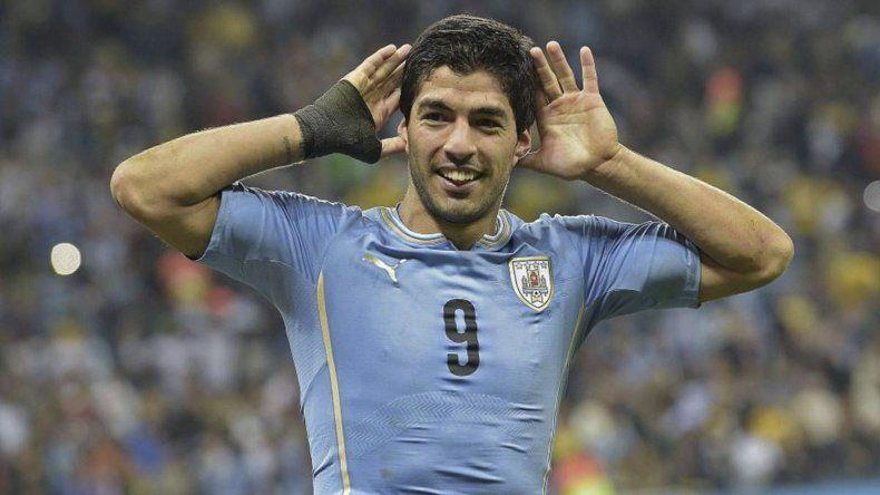 Los dos últimos mundiales terminaron mal para Suárez. Fue expulsado en Sudáfrica 2010 y terminó sancionado de oficio en Brasil 2014.